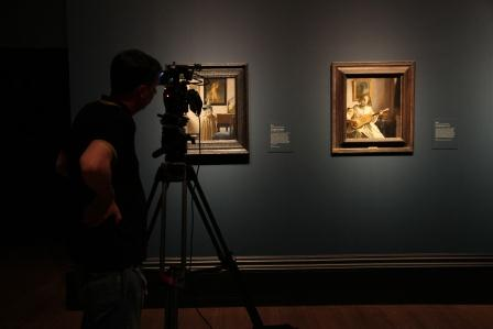 Filming Vermeer at the National Gallery